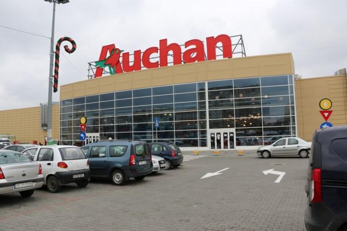Auchan diversific formatele de retail din europa primele for Email auchan